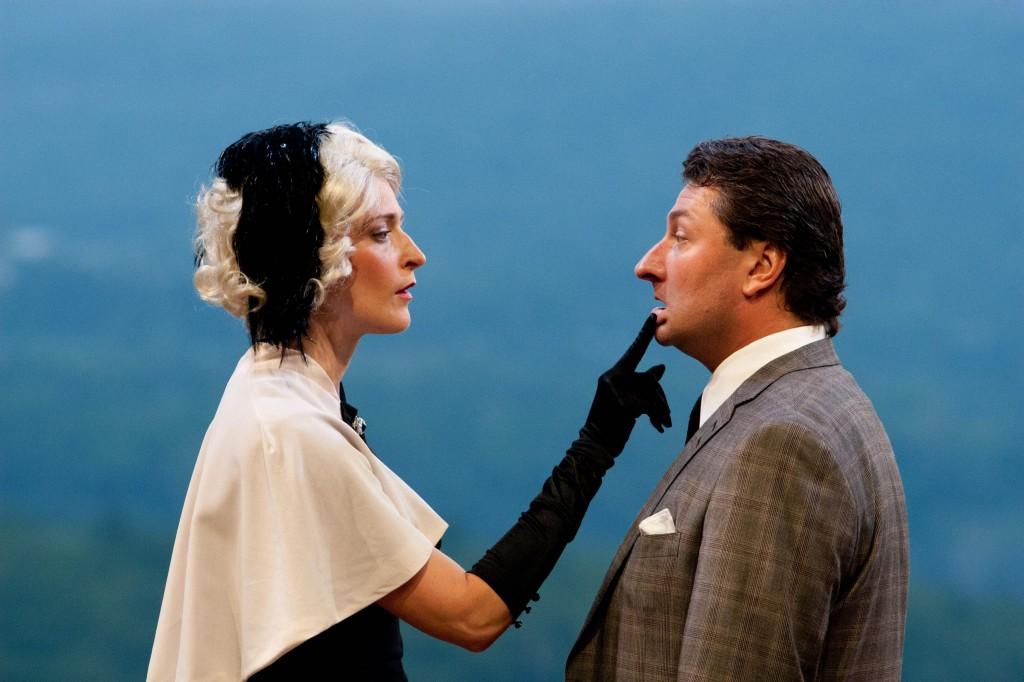 Gabra Zackman (Woman), Richard Ercole (Richard Hannay), photo by William Marsh