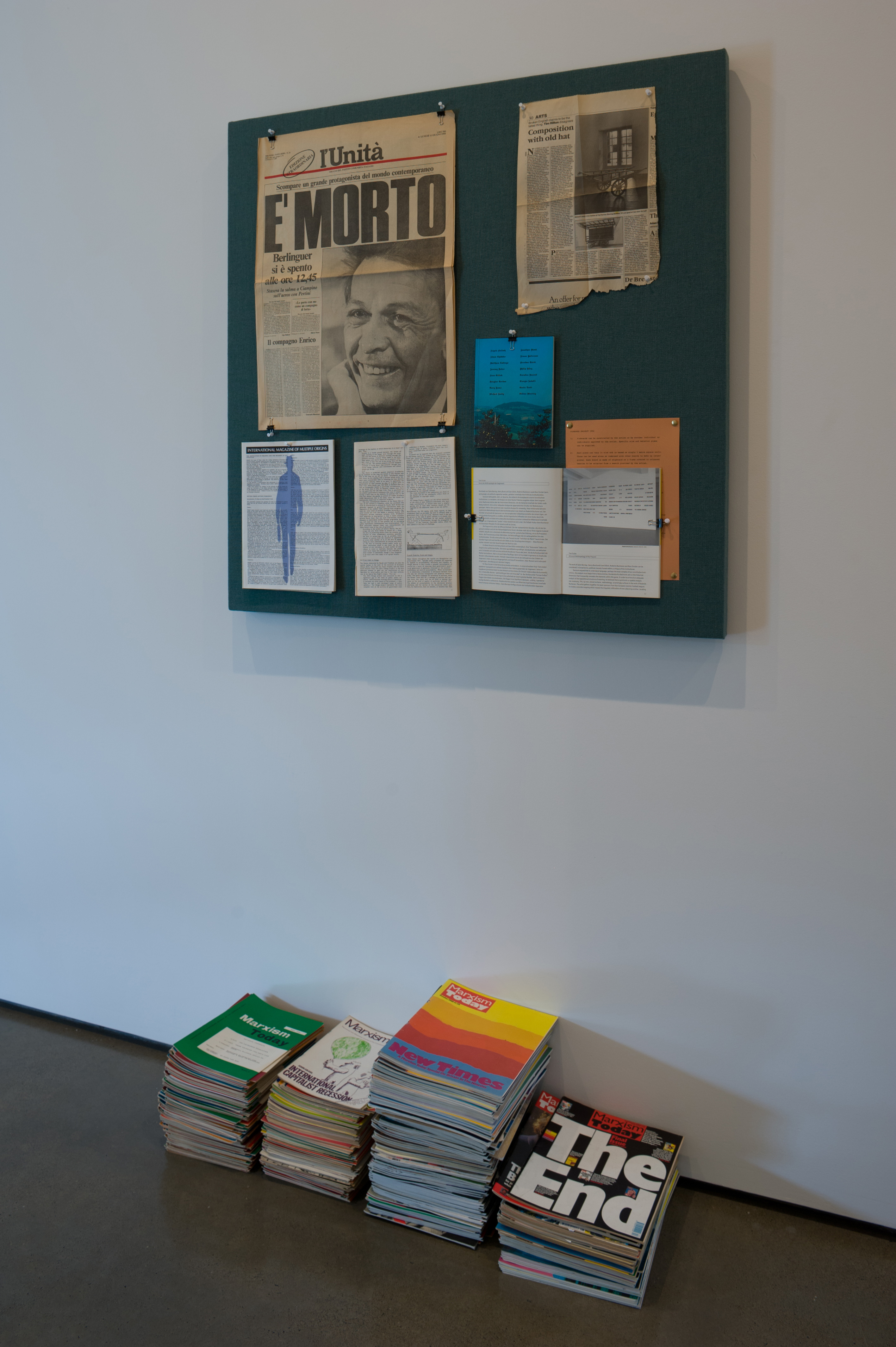 Liam Gillick, The Pinboard Project (Dirty Green), 1992/2012. Realized by Tom Eccles. Installation view of From 199A to 199B : Liam Gillick, Hessel Museum of Art, 2012, Chris Kendall Photographer