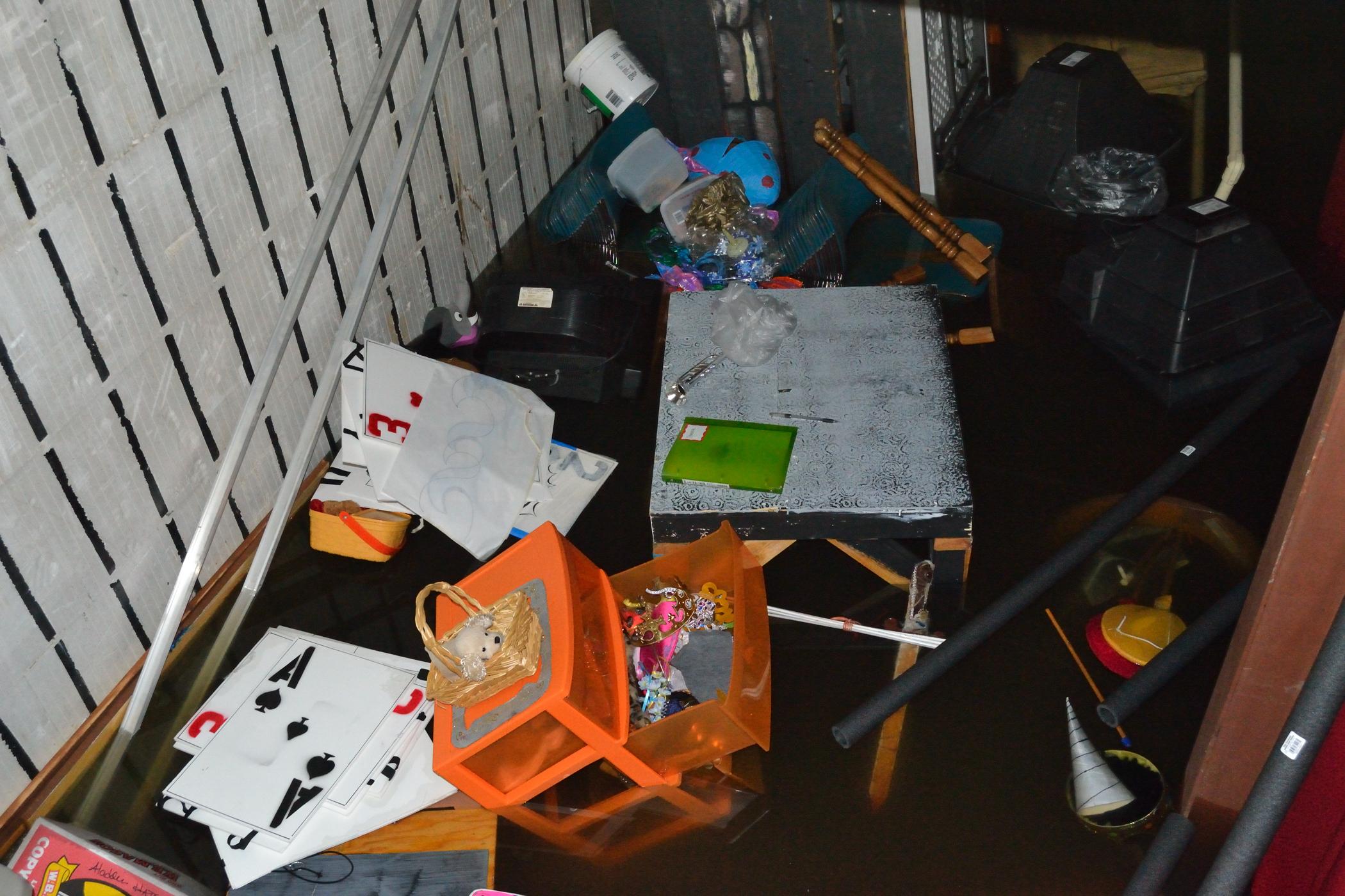CENTER Flood 08-29-2011