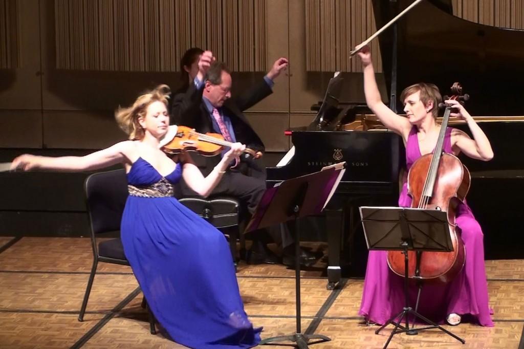 Trio Solisti, Maverick Concerts. Roll Online