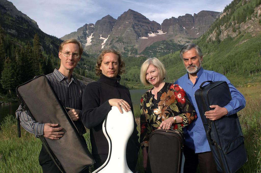 American String Quartet, Roll Magazine