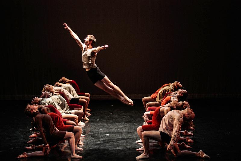 """Brian Heil '14 and VRDT dancers in """"Triptych"""" by Stephen Rooks ©Vassar College/ Rachel Garbade '15"""