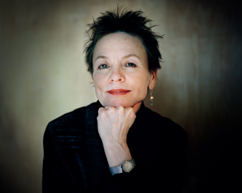 Laurie Anderson - Photo by Tim Knox