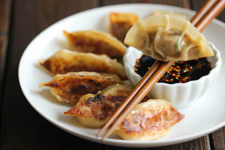 pot stickers (gyoza)